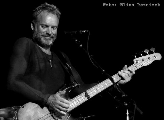 Archiv-Bild: Sting live in Mannheim, 2008 - er sieht heute quasi immer noch so aus, inkl. Bart (Foto von Elisa Reznicek)