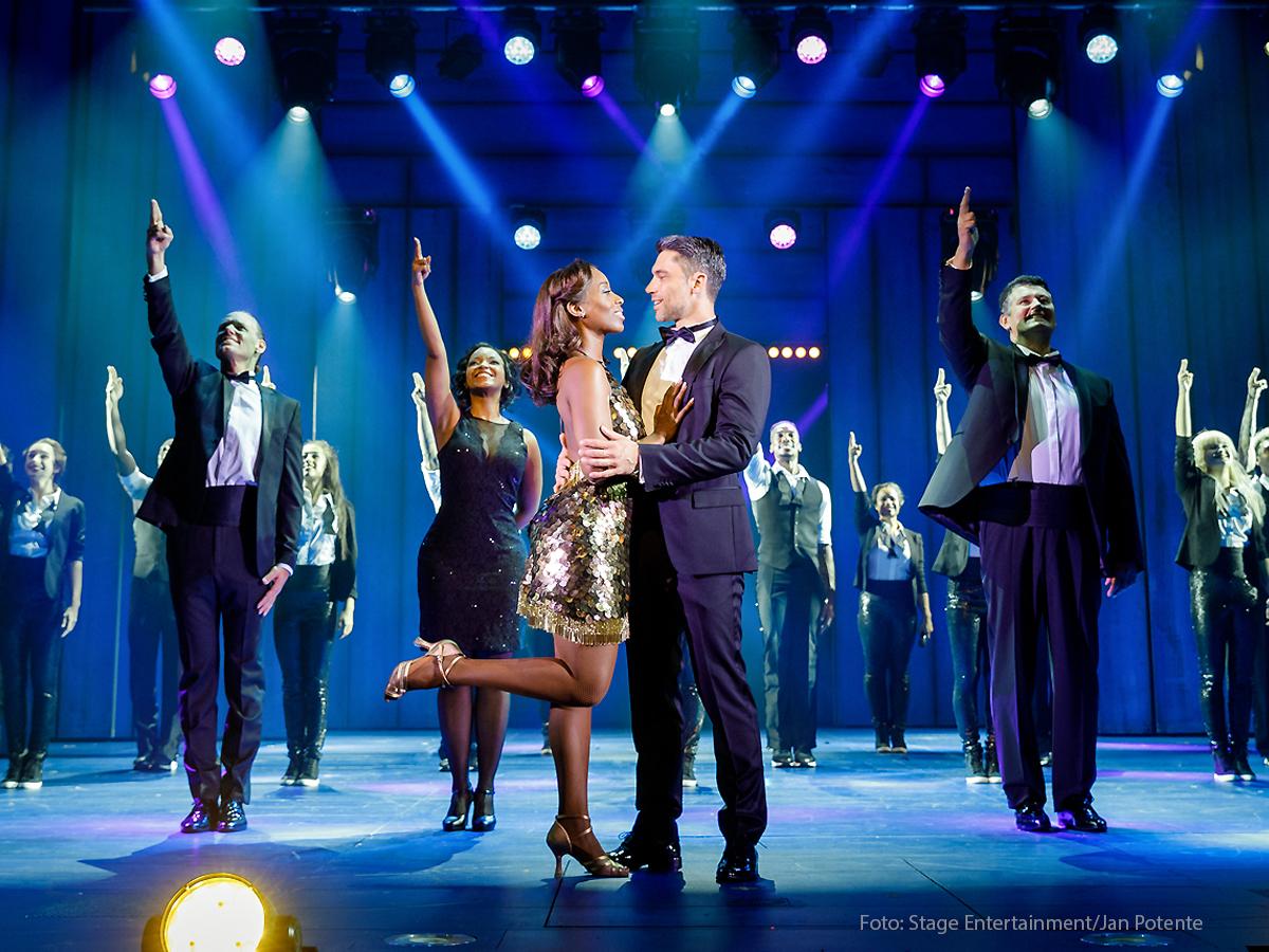 """""""Bodyguard – Das Musical"""" im Stage Palladium Theater in Stuttgart. Große Stimmen und beste Unterhaltung! (Foto: PR)""""Bodyguard – Das Musical"""" im Stage Palladium Theater in Stuttgart. Große Stimmen und beste Unterhaltung! (Foto: PR)"""
